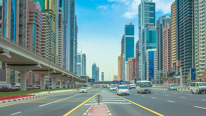 Driving Tips You Should Follow While Driving On Dubai Roads